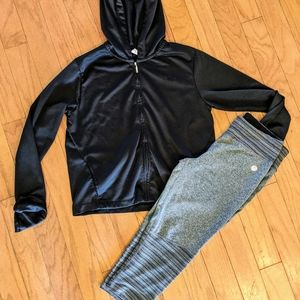 Bundle! Nike hoodie running jacket & capri pants